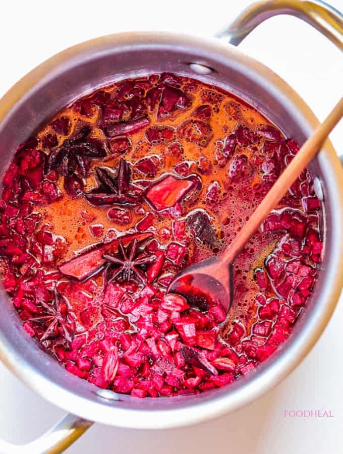 Spiced beetroot cooking