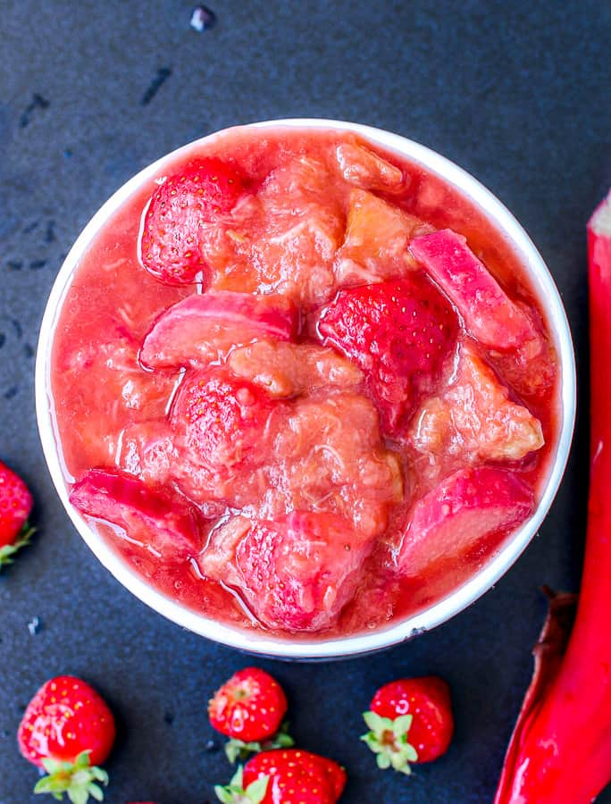 rhubarb strawberry chutney in a mug