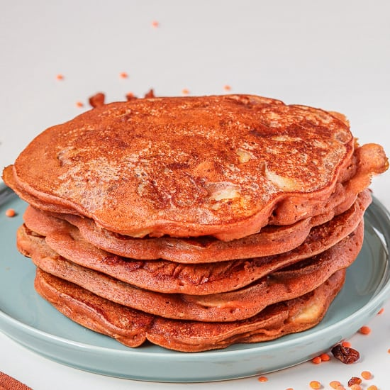 quart photo de pancakes vegan aux lentilles corail