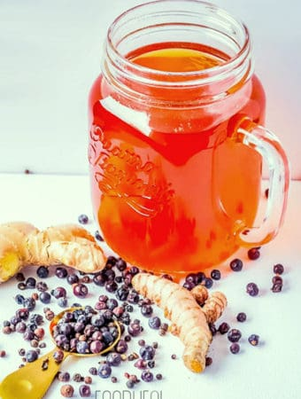 Healthy turmeric ginger anti-inflammation tea