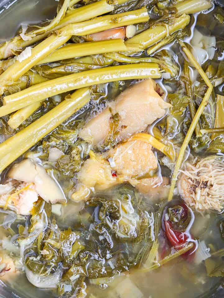Cooked vegetable broth