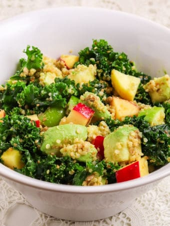Easy kale quinoa salad with apples
