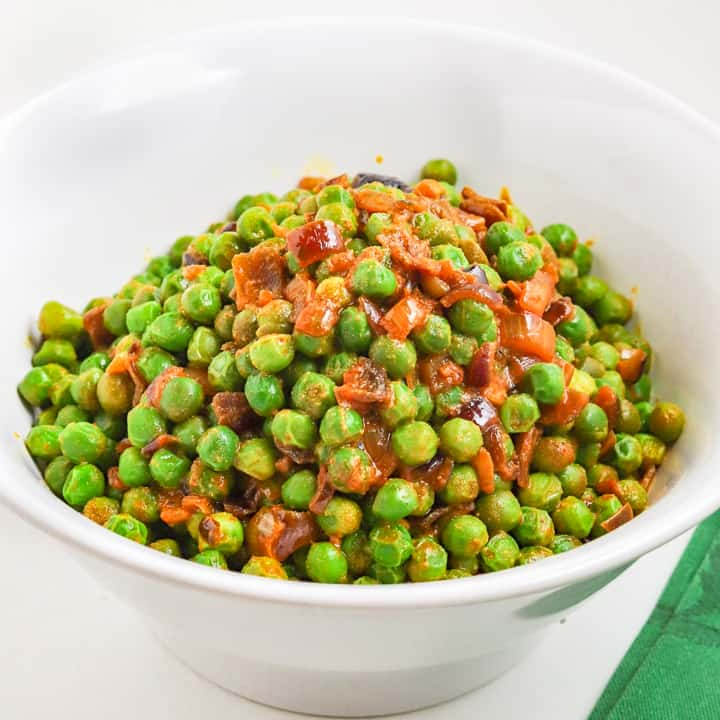 frozen peas recipe with nutritional yeast