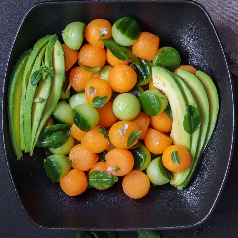 salade d'avocat-concombre et melon