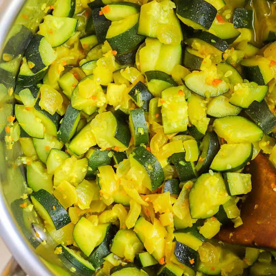turmeric sauteed zucchini