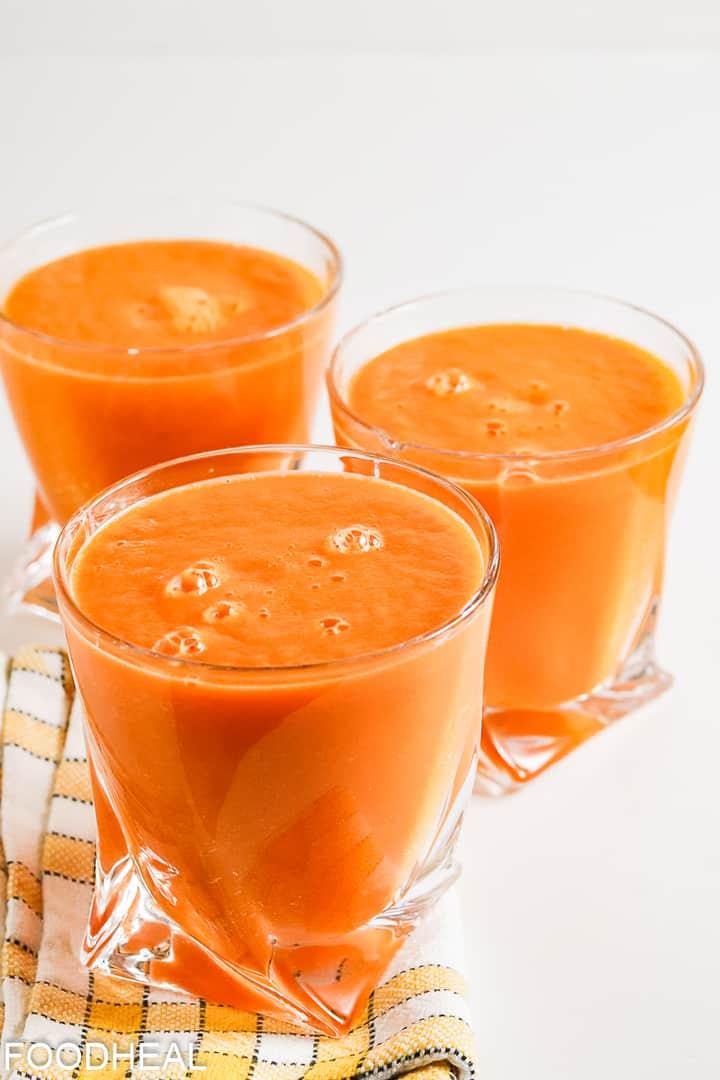 Smoothie au curcuma aux carottes
