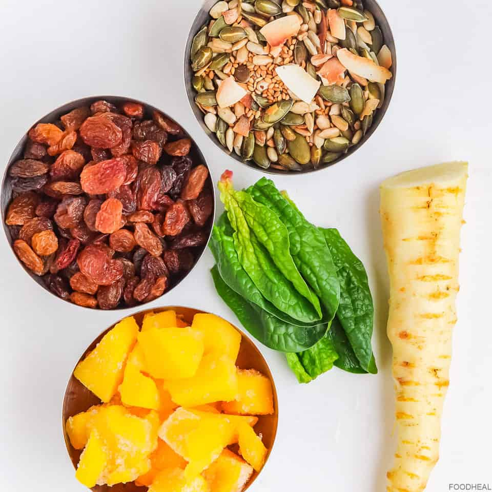 Raisins, roasted seeds, spinach, parsnip, mango for smoothie