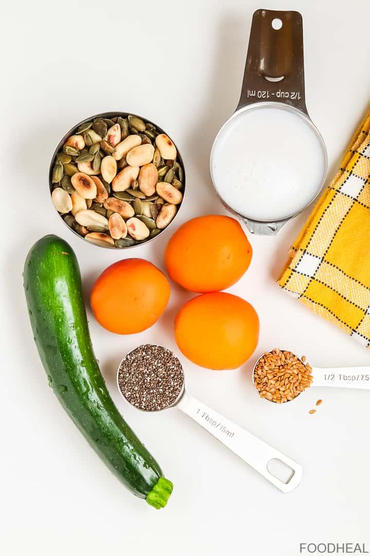 courgettes,, graines de lin, lait, abricots, noix