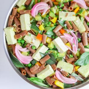 one pot vegetable pasta with pickle onions
