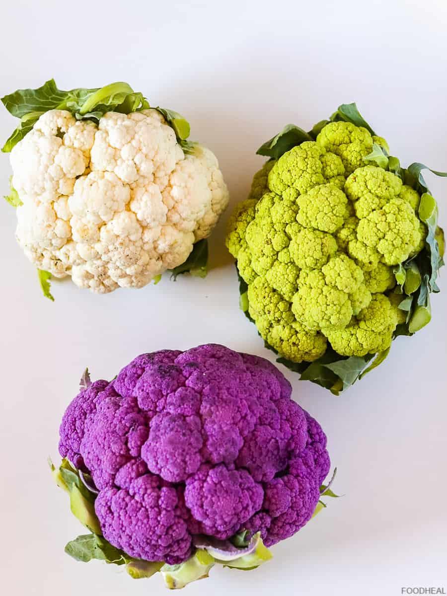 Chou-fleurs violets, verts et blancs