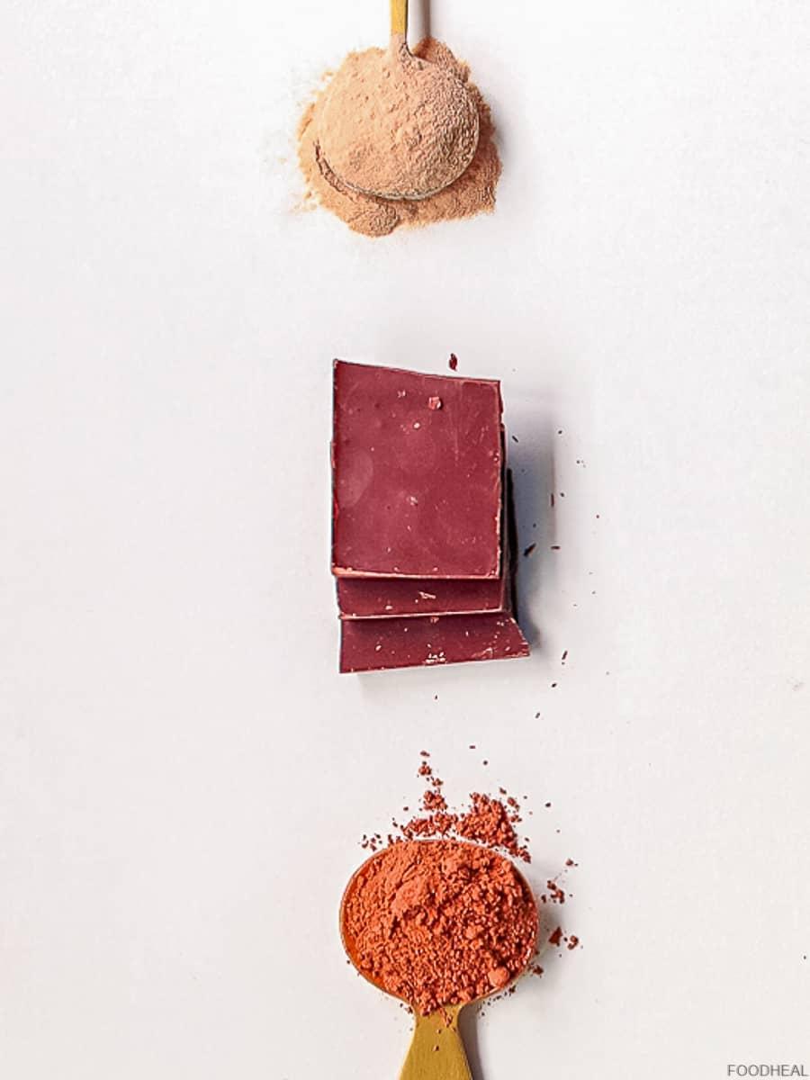 chocolat, poudre de cacao et poudre de baobab
