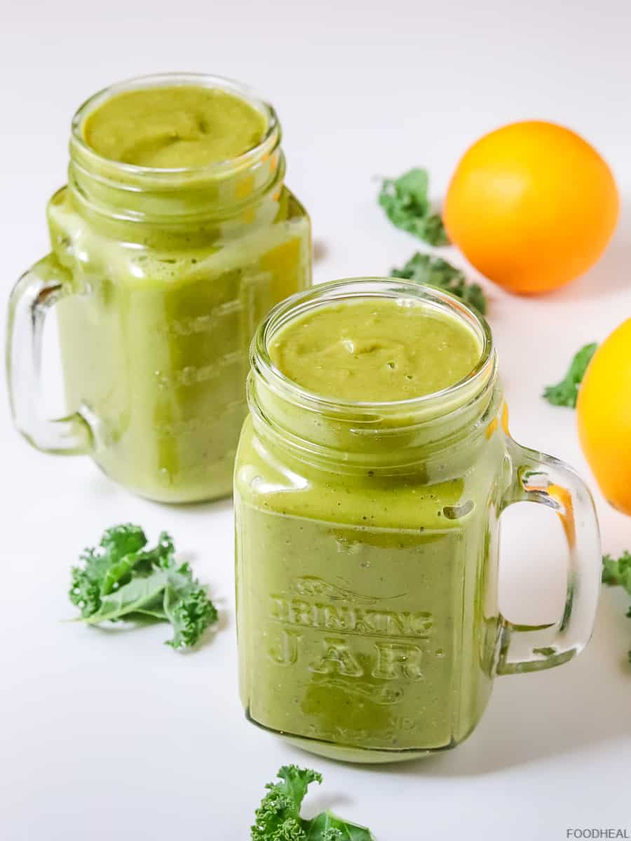 kale smoothie with oranges