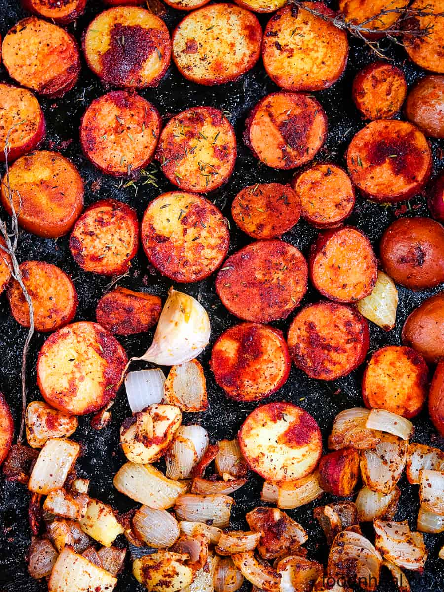 Spicy paprika roasted potatoes with onions